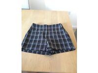 TOPSHOP NAVY CHECKED SHORTS SIZE 6 EXCELLENT CONDITION