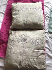 Cushions - cases - cushion