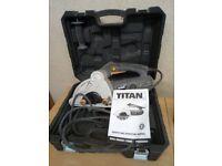 TITAN TTB293WCH WALL CHASER