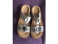 Ladies Reiker Sandals Size 4 Brand New