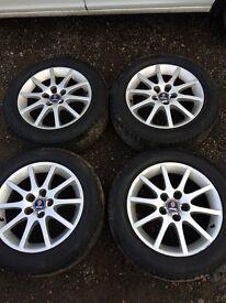 full set of Saab 2003-2007 alloy wheels 5 stud, 4 good pirelli tyres