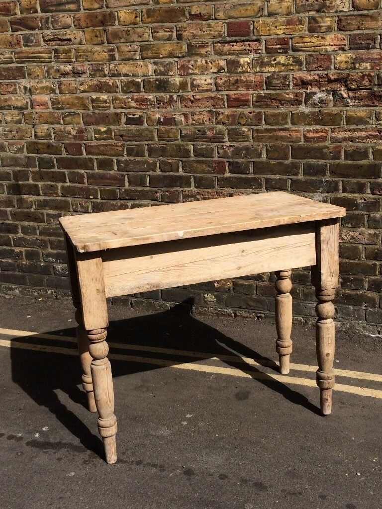Small Vintage Wood Tablein Hornsey, LondonGumtree - Vintage all wood small table, beautifully crafted, now available for pick up in Crouch End
