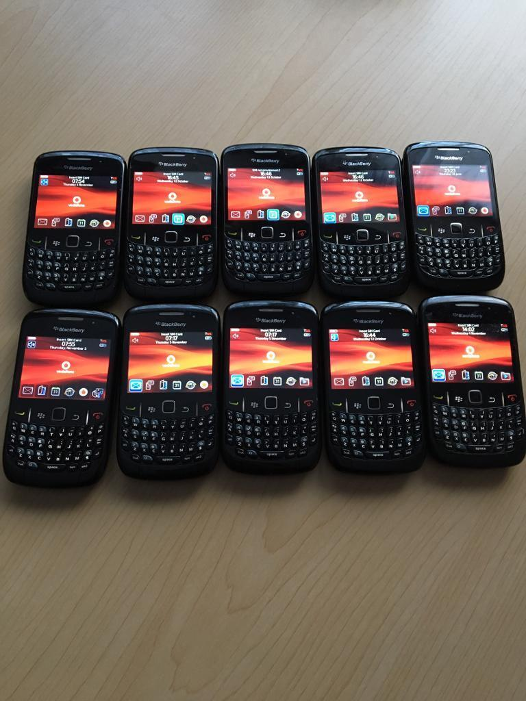 Blackberry 8520 (locked to Vodafone) x10