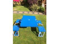 Camping/caravaning picnic table