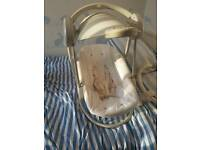 Mamma and pappas baby chair/swing