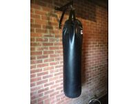 Punchbag (heavyweight) with wall bracket