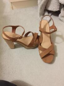 Size 8 tan coloured shoes