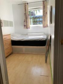 Nex Painted Single Rooms available now, by Barons court Station, Close to Hammersmith and Fulham