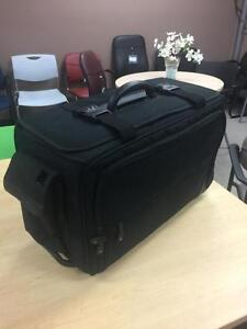 Lightly Used Briefcases, Laptop Cases and Rolling Carry Travel Luggage