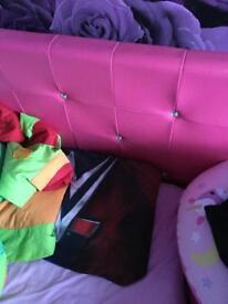 Single girls bed