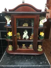 Wall hanging cabinet with ornaments £15