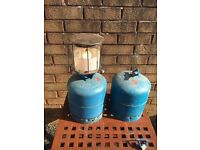 Gas bottles and gas lamp