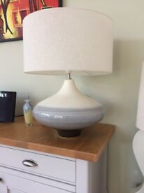 Beautiful glazed pottery table lamp