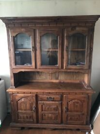 Lovely dresser great condition