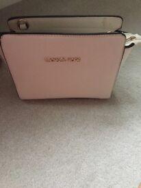 Women's Michael korrs bag