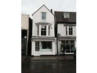 2 BED UNFURNISHED FLAT. HIGH ST WHITSTABLE. NEWLY REFURBISHED.