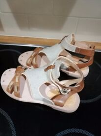 Timberland sandals. Size 4. New.