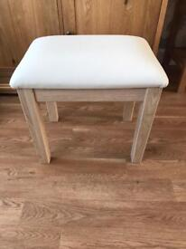 Dressing table stool - cream leather