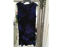 Sleeveless Dress with Zipped Back