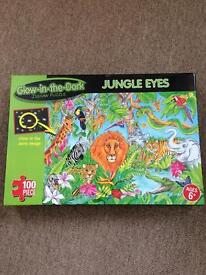 Glow in the dark jungle puzzle