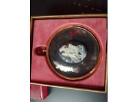 Cameo black and gold collectable