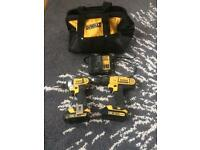 DEWALT XR18V LIO-ION CORDLESS IMPACT DRIVER AND COMBI DRILL TOLL SET