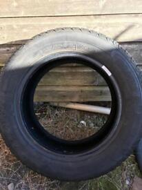 Tyres 185-60-14 x2 like new £40 the pair