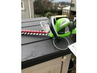 Cordless Hedge Cutter and Blower 40v