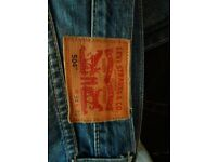 Mens levis and wrangler jeans.