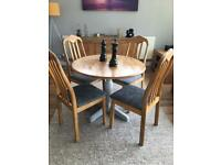 Round dining table & 4 dining chairs