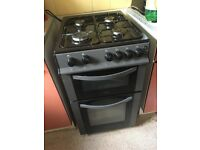 Gas cooker in good condition for sale