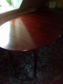 Mahogany Dining Table and 4 matching chairs