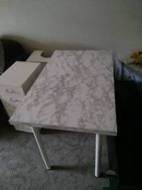 Linnmon table covered in marble effect vinyl - comes with white and black legs