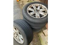 "Range Rover evoque 18"" alloys tyres"