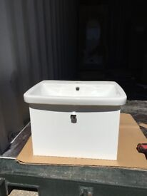 Brand new 590mm basin and white gloss vanity storage unit with soft close pull out drawer