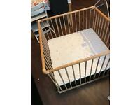 Large baby playpen with adjustable height