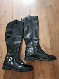 Black Faith boots size 6