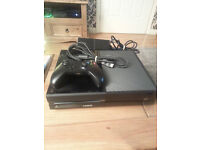 XBOX ONE 500GB +1 PAD + HDMI CABLE