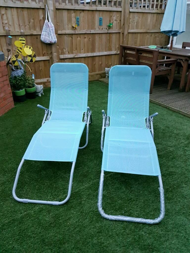 Garden reclining sun loungers