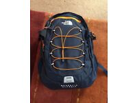 NORTH FACE BOREALIS CLASSIC RUCKSACK (NAVY) *Never Used*