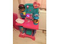 Doc mcstuffins pet vet centre
