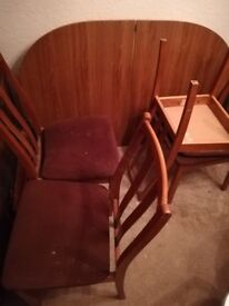 Expanding table and chairs