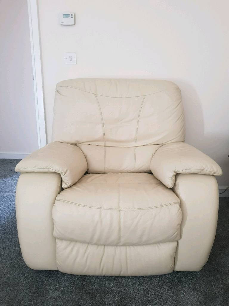 Need Gone Cream Leather Electric Recliner Chair