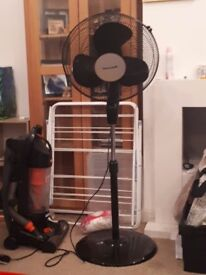 Freestanding black fan