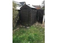 6 FT X 4 FT GARDEN SHED . IN REASONABLE CONDITION WILL NEED NEW ROOF BOARD