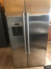 Siemens (American Style) Fridge Freezer with water & Ice Dispenser
