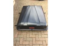Autoplas roof box for car with roof rails.
