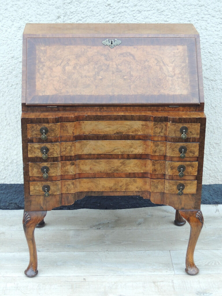 Unique bureau (Deliveryin Eltham, LondonGumtree - Victorian Antique bureau (Size 79 W; 49 D; 97 H); Circa 1900's original antique Victorian bureau; Curved large feet; Polished walnut quality made piece of furniture; The bureau was used by 1 family for over 80 years; Very well looked after with...