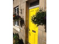 Beautiful double room in cosy cottage to let