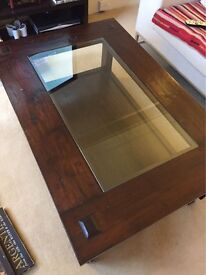 Lombok Coffee Table, Bora Glass Top, excellent condition